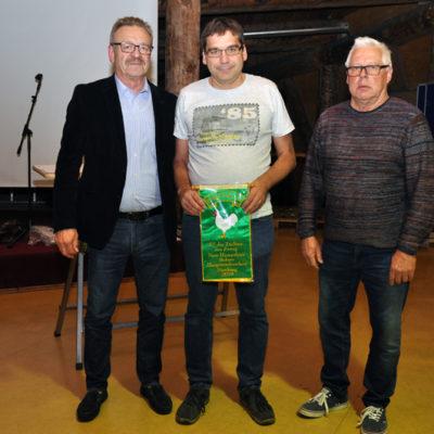 Ehrenband für Rüdiger Striby